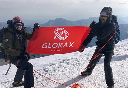 Glorax Life team ascended the peak of Mount Kazbek
